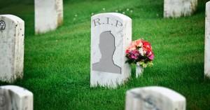 cuentas de personas muertas en facebook