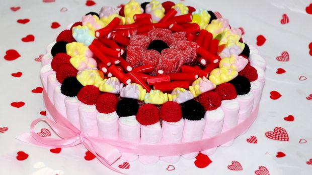 C mo hacer una tarta de chuches qps - Tartas de chuches fotos ...